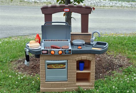 little tikes backyard barbecue anytime is grilling time with the new little tikes cook n