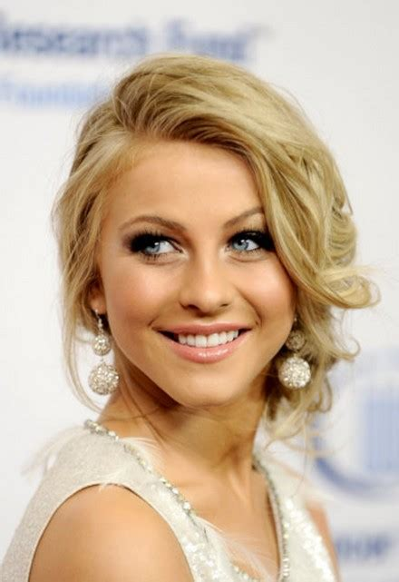 how to have julianne hough hairstyle julianne hough prom updo hairstyle