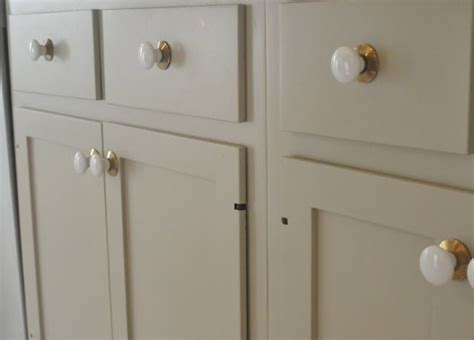 Farrow And Kitchen Cabinet Paint Pin By Garden On Small Kitchen Big Ideas
