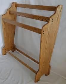 Free Standing Quilt Display Hangers Cascade Quilt Rack Honey Oak Stain
