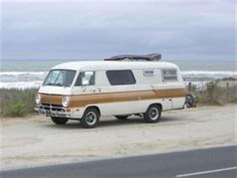 images  classic rvs  pinterest motorhome campers  caravan