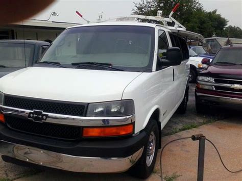 how do cars engines work 2006 chevrolet express 3500 lane departure warning buy used 2006 chevy 2500 express work van w express access in omaha nebraska united states