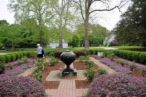 Virginia Garden Week gardens 171 and real estate on the eastern shore of