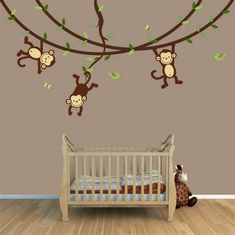babyzimmer gestalten disney die besten 25 babyzimmer wandgestaltung ideen auf