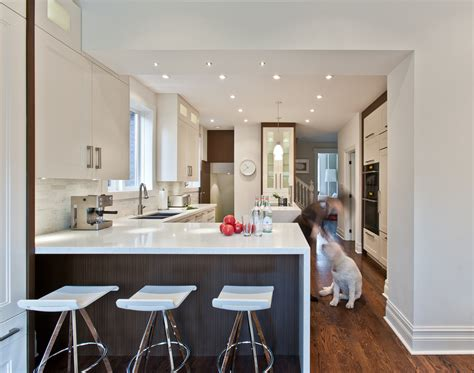 Country Homes Interiors Transitional Kitchen 9a Yorkville Design Centre