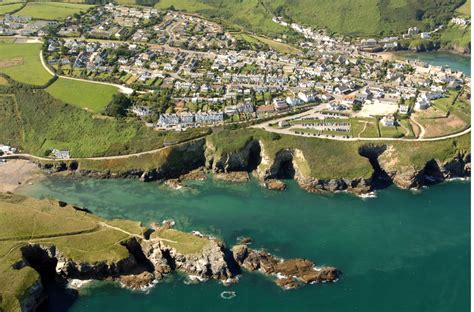 Beach House Seaside Holiday Home With A Sauna North The House Port Isaac