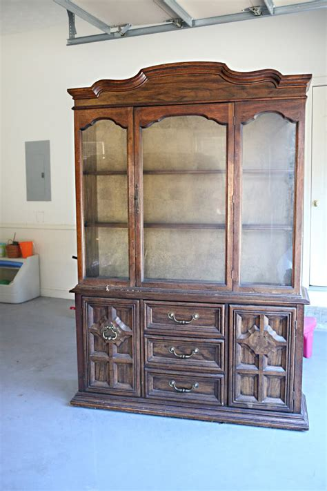 what to put in a china cabinet besides china styling and profiling