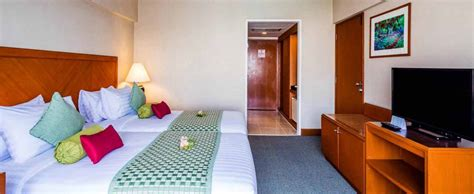 cheap room in bangkok deluxe room bangkok palace hotel rooms