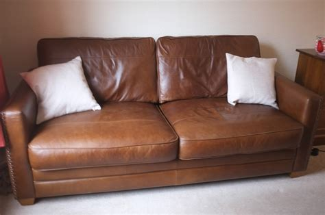 Leather Sofa Ta Lewis Leather Sofas 2 Plus Matching Footstool Russcarnahan