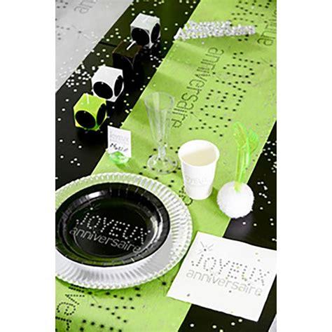 chemin de table joyeux anniversaire vert pomme