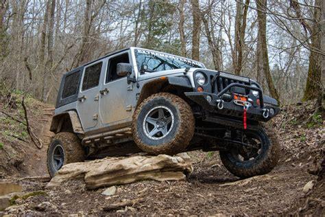 Jeep Jk Armor Jk Wrangler Gets Armor Hits The Trail Jeepfan
