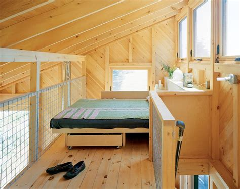 tiny houses pinterest square feet house wheels and cabin paris