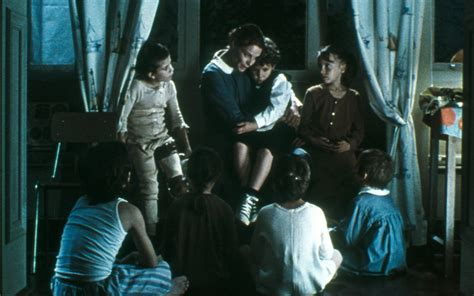 orphan age film el orfanato works information j cine quanon english