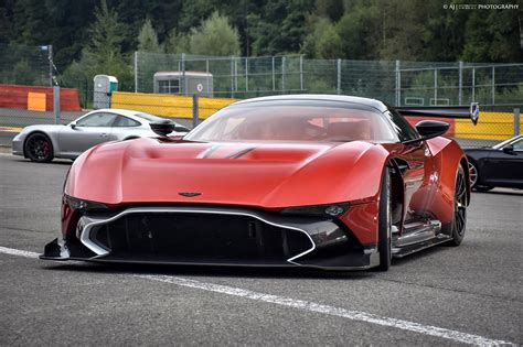 gallery aston martin vulcan attack at spa francorchs