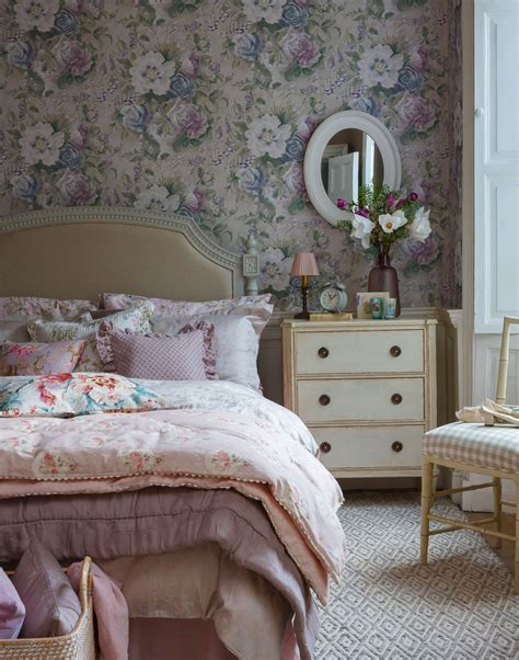 country bedroom wallpaper pink country bedroom with floral wallpaper the room edit