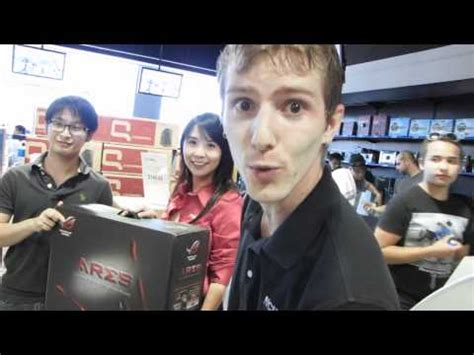 Linus Tech Tips Giveaway - asus ares ati radeon 5870 x2 limited edition graphics card unboxing first look linus