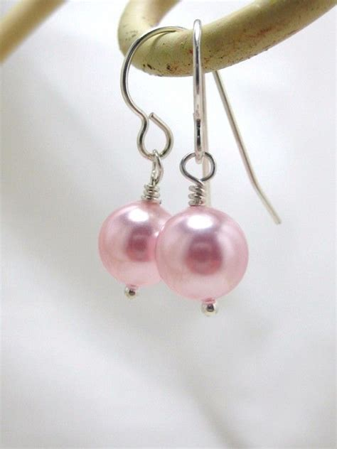 Best 25 Pearls Ideas On Pearl Pearl Earrings by Best 25 Pink Pearl Earrings Ideas On Pearl