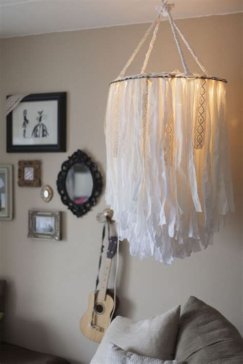 25 Fantastic Diy Chandelier Ideas And Tutorials Hative How To Make A Chandelier With