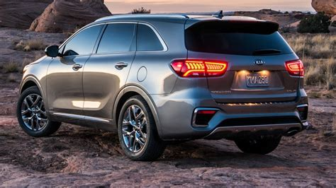 kia sorento 2018 interior 2018 kia sorento interior exterior and drive