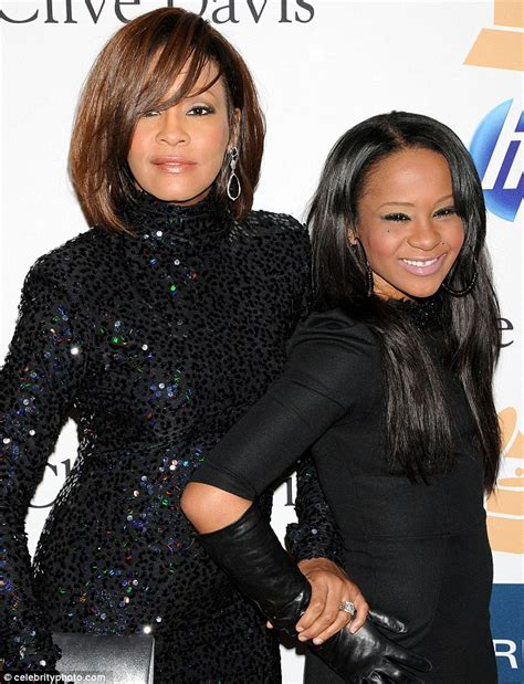 whitney houston daughter bathtub breaking whitney houston s daughter found not breathing