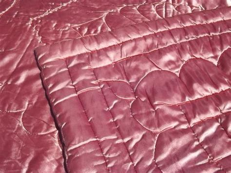 Chandeliers From China Regency Vintage Quilted Satin Comforter Warm