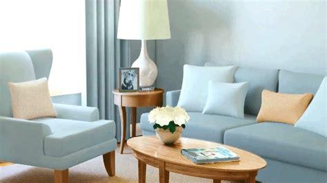 222 Gifts Furniture Living Room Fleur De Lis Dark Brown Carpet Light Walls Earth Tones