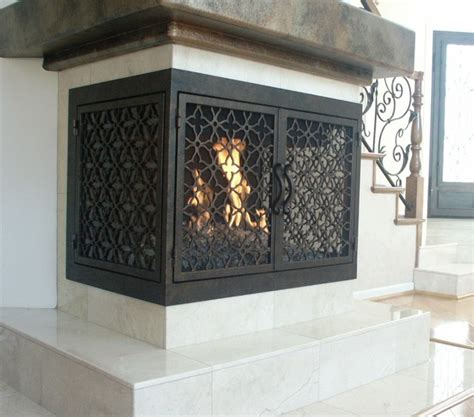 tips on choose decorative fireplace screens for small