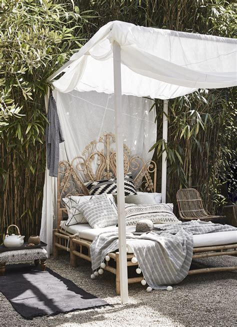 outdoor canopy bed 14 outdoor beds perfect for summer naps