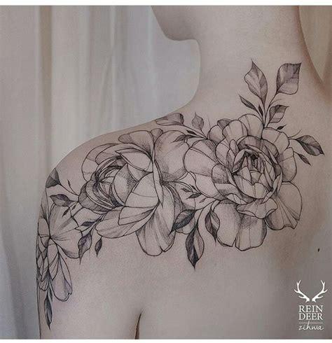 tattoo placement back shoulder best 25 flower shoulder tattoos ideas on pinterest