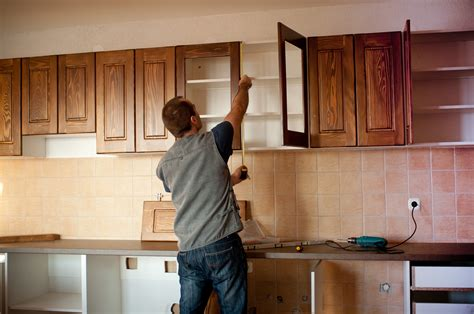 install kitchen cabinet kitchen cabinet installation mistakes to avoid