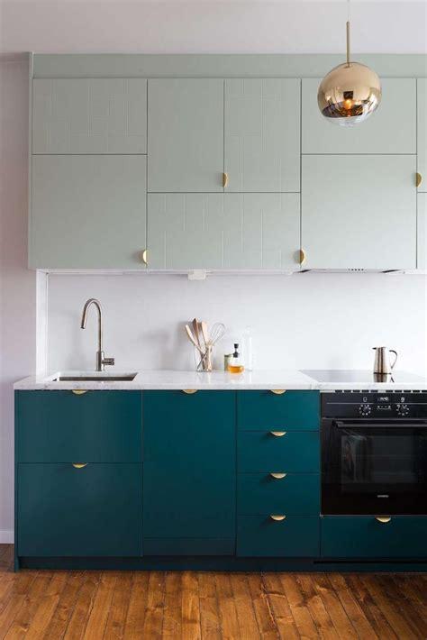 cuisine bleu canard cuisine bleu canard et bois pour se plonger dans dynamisme