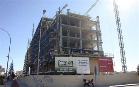 pisos bmn bmn pone a la venta 1 000 pisos a un precio medio de 68