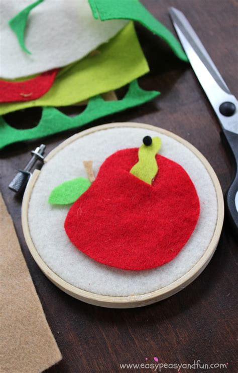 felt crafts felt apple craft back to school crafts for easy