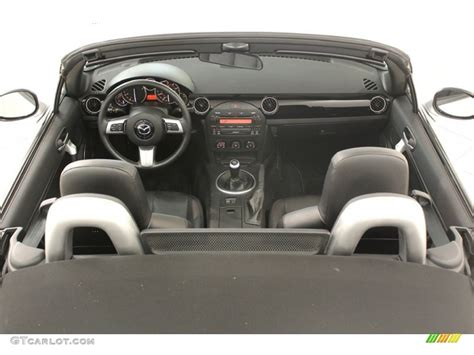 mazda roadster interior 2006 mazda mx 5 miata grand touring roadster interior