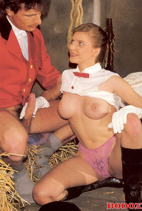 perfect hairy pussy sexy horse riding babe   xxx dessert
