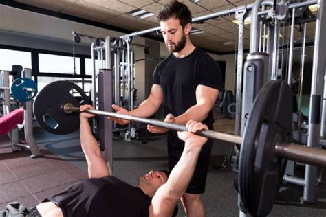 how to get a stronger bench save time and get stronger with single set training