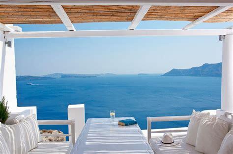 best hotel in santorini oia superb katikies hotel in oia santorini greece