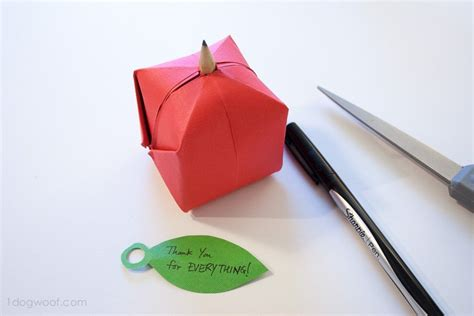 Origami Apple - origami apple favor