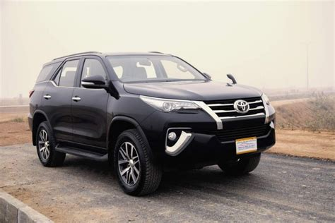 Toyota Fortuner 2017 Toyota Fortuner 2017 Test Drive And Review Pakwheels