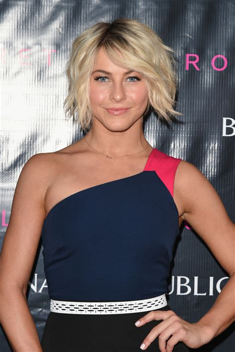 how to style julianne houghs short haircut julianne hough messy cut short hairstyles lookbook