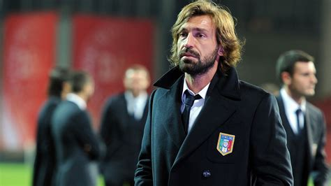 andrea pirlo i think andrea pirlo s i think therefore i play and the state of italian football black white