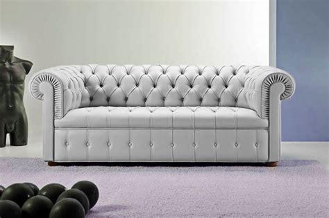 divani chester in offerta divano in pelle chester divano il divano chester