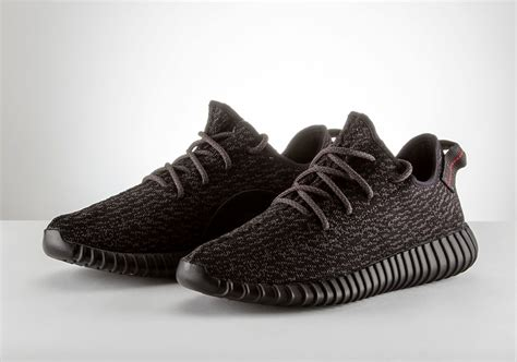complete guide to yeezy shoes by kanye west sneakernews