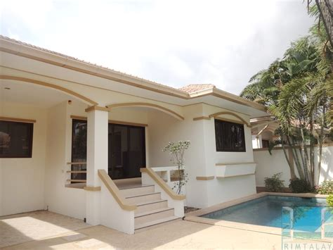 3 bedroom house with pool for rent villas for rent chaiyapruk road soi 3 adare gardens 1 3