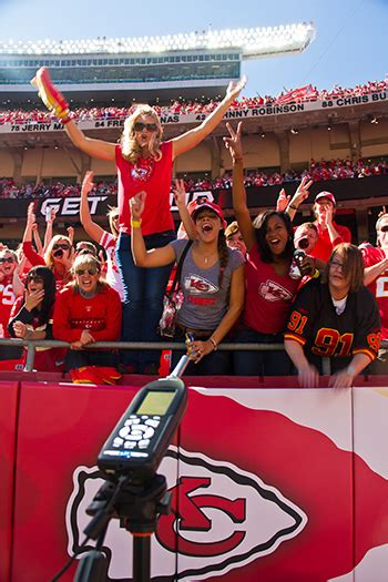 kansas city chiefs fan site kansas city chiefs fans are the loudest in the