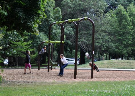 swing seattle swing high zip fast most adventurous playgrounds around