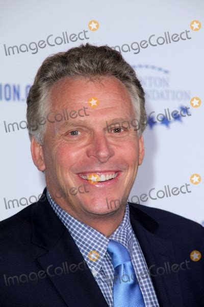 The Other Clinton Hosts Mcauliffe Book by Photos And Pictures Terry Mcauliffe At The Clinton