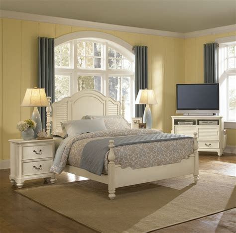 Bedroom Furniture Vintage Antique White Bedroom Furniture Bedroom Furniture Reviews