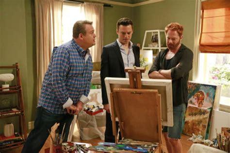 modern family life modern family season 7 episode 1 review summer lovin tv