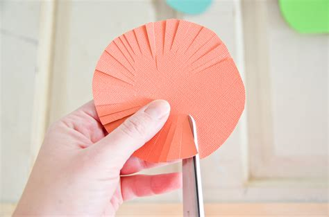 How To Flowers In Paper - diy cut paper flowers project nursery